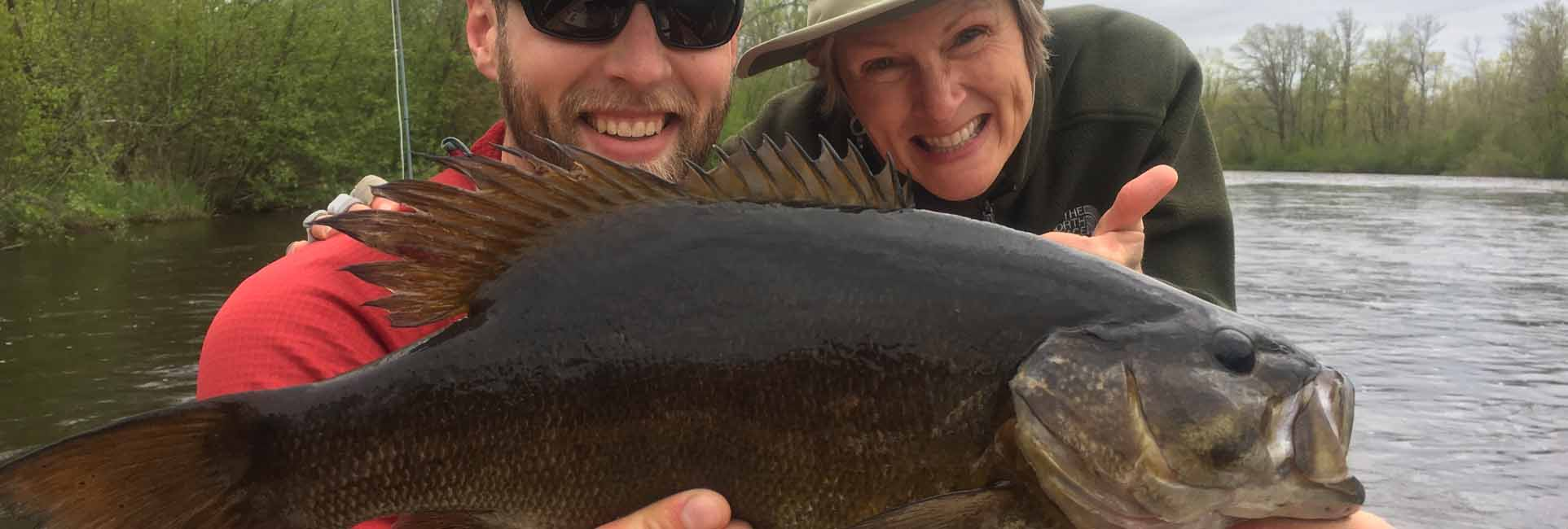 slide-fly-fish-wisconsin-smallmouth-bass